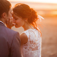 Wedding photographer Maksim Zaycev (maxz). Photo of 18.10.2014