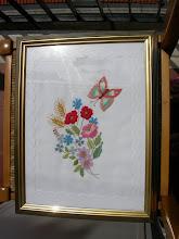 Photo: il quadro con fiori e farfalla: imparaticcio per il punto pittura tecnica di Asmara Mannocci