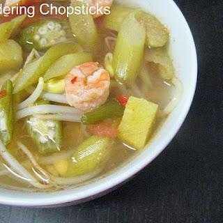 Canh Chua Tom (Vietnamese Sour Shrimp Soup).