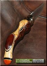 Photo: Opinel custom N°004 Wengé, olivier, palissandre, padouk. http://opinel-passions-bois.blogspot.fr/ Personnalisations en marquèterie de bois précieux, cornes, résines et aluminium du couteau pliant de poche de la célèbre marque Savoyarde Opinel.