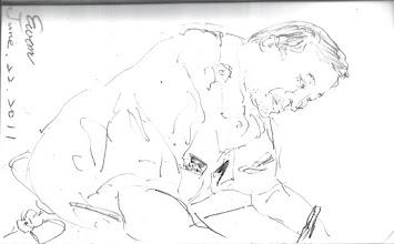 Photo: 振筆疾書(一)2011.06.22鋼珠筆 同事頭也不抬地寫常年教育學科的試卷,事後他跟我抗議,說我把他畫胖了、還畫歪著;他哪裡知道我的用心良苦?畢竟沒這麼畫怎能幫他藏肚子!