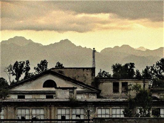La vecchia fabbrica di iento