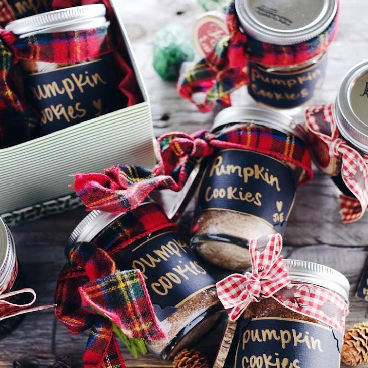 DIY Pumpkin Cookies In A Jar (Paleo, GF, Egg-Free, Dairy-Free + Refined Sugar-Free)