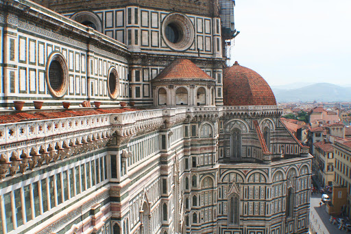 side-view-of-Duomo-florence.jpg - Side view of the Duomo in Florence, Italy.