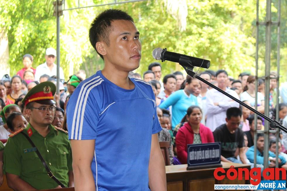 Tòa án nhân dân tỉnh mở phiên tòa lưu động tại xã Châu Lý, huyện Quỳ Hợp, xét xử bị cáo Xồng Bá Rê về tội mua bán trái phép chất ma túy