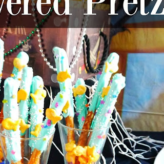 Nautical Chocolate Covered Pretzels