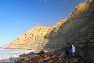 Photo: Littoral atlantique - ce type de paysage se retrouve un peu partout sur la chaîne montagneuse de l'Atlas, mais ici il y a la mer en prime.
