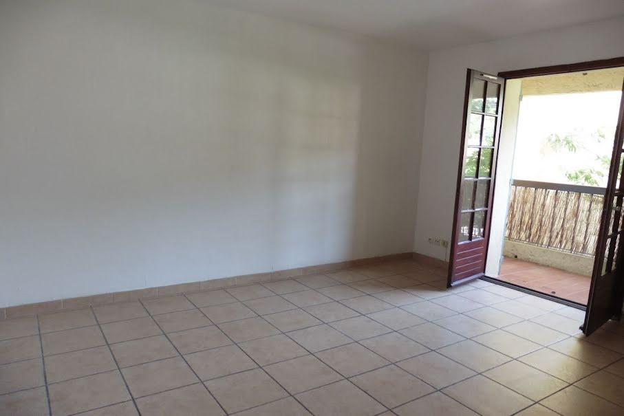 Location  appartement 2 pièces 40 m² à La Valette-du-Var (83160), 665 €