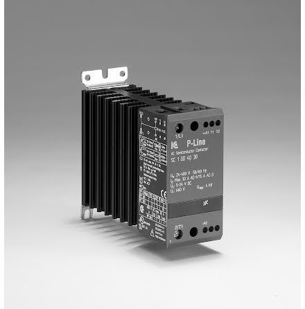 STATISK KONTAKTOR 3-FAS. 24-230V AC/DC 15A, 10,4 KW