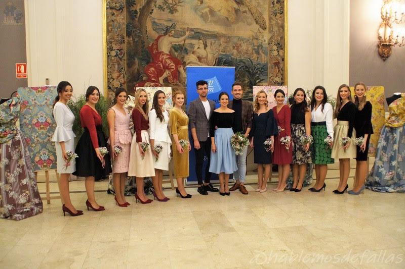 Los tejidos de Vives y Marí para la Corte de Honor.