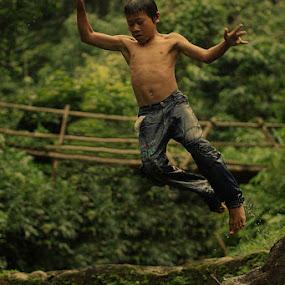 JUMP by Deddy Setiawan - Babies & Children Children Candids