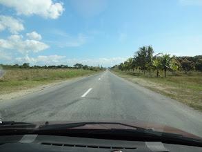 Photo: Cesta na pláž vzdálenou asi 10km od centra.
