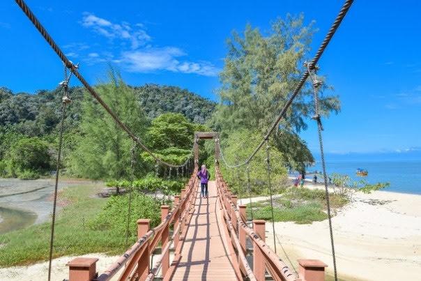 Pantai Keracut Beach, Penang Island National Park