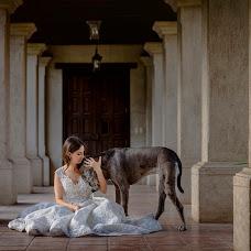 Wedding photographer Víctor Martí (victormarti). Photo of 03.10.2017