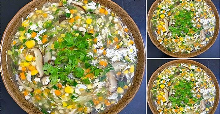 Cách nấu súp gà nấm hương bổ dưỡng, đơn giản lại ngon như nhà hàng