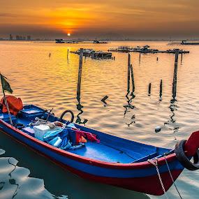 Sunrise@Dove Jetty by Lim Keng - Transportation Boats