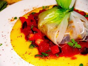 Photo: cartoccio di merluzzo fresco e purea di patate e curcuma