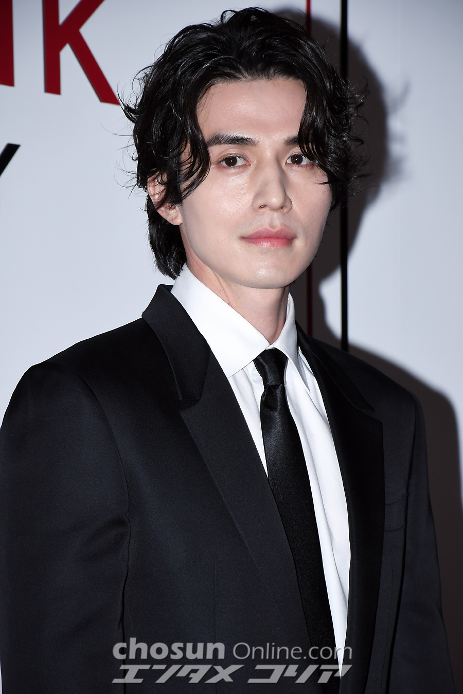 lee dong wook visuals 2019 4