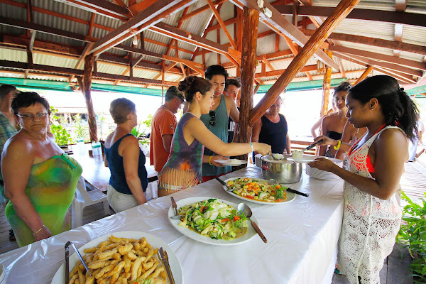 Enjoy a Thai style buffet lunch