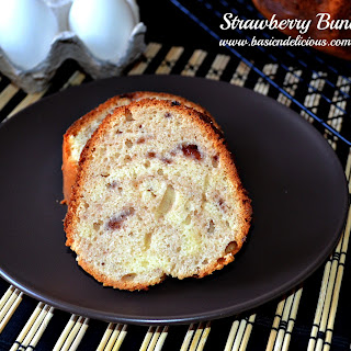 Strawberry Bundt Cake #Easter/Passover #SundaySupper