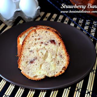 Strawberry Bundt Cake #Easter/Passover #SundaySupper