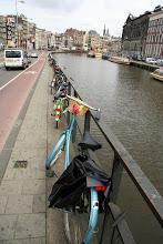 Photo: Kanal ve bisikletler