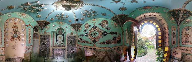 Photo: Seashell room, Moghadam house-museum, Tehran, Iran اتاق صدفباغ موزه مقدم، تهران