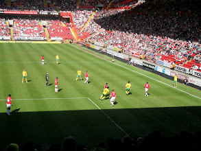 Photo: 17/04/10 v Norwich City (Football League Division 1) 0-1 - contributed by Peter Collins