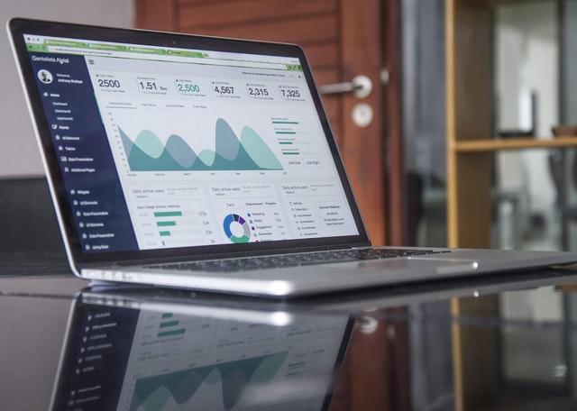 CRM legal HubSpot Salesforce