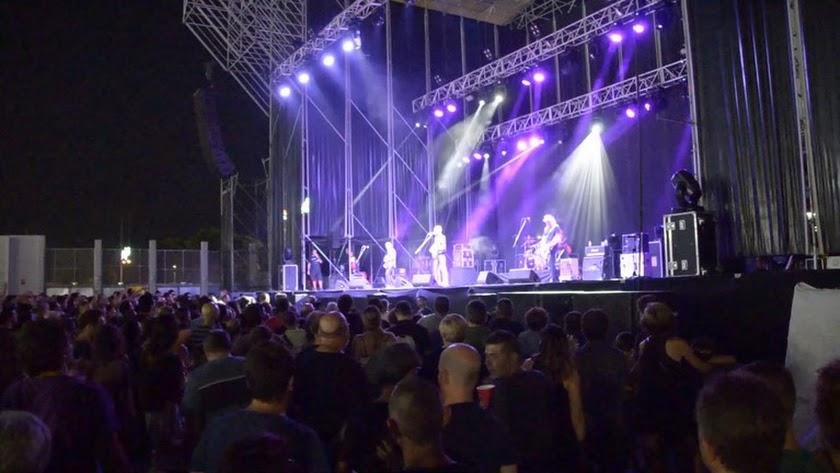 'El Tren' de Rosendo reúne a más de 3.000 asistentes