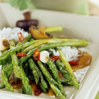 Oriental Asparagus Stir-fry.