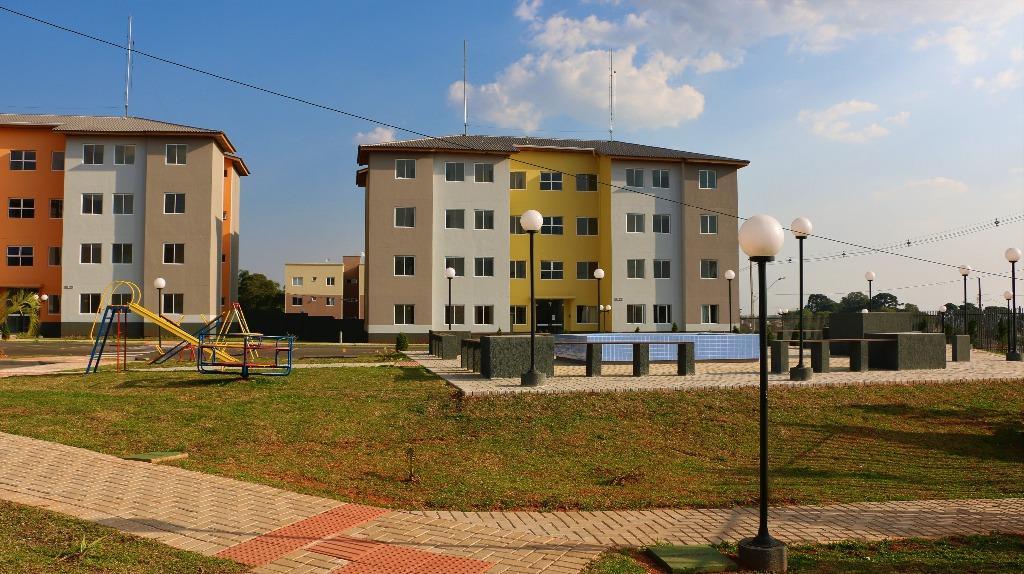 Apartamento 3 dormitórios em Colombo