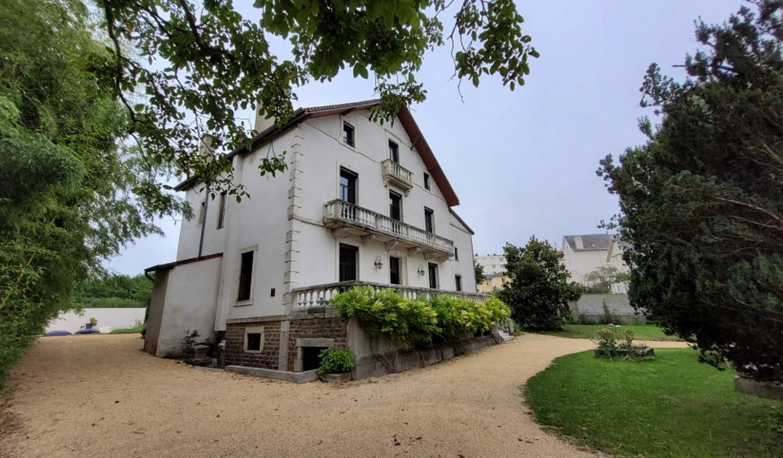Maison avec jardin et terrasse Vichy