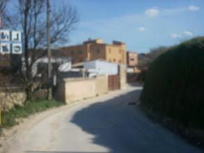 Photo: Encara que borrosa, la revolta del Camí Molí, per on s'entra al poble.