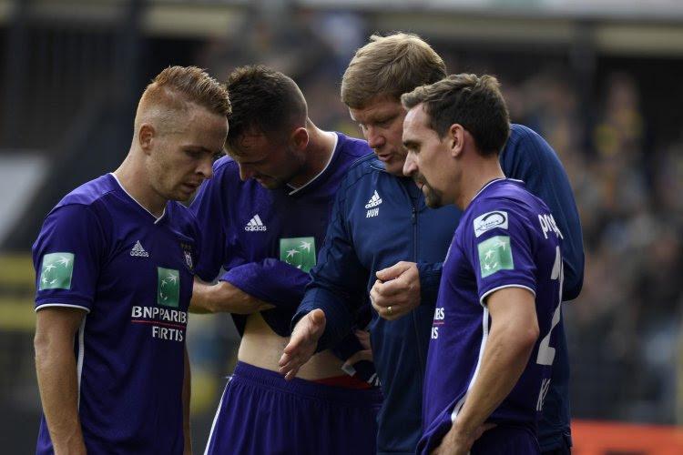"""Walter Baseggio verwacht veel van Anderlecht-pion die weer aan de oppervlakte komt: """"Hij moet de spil zijn"""""""