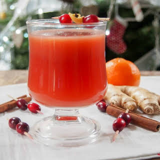 Warm Spiced Cranberry Cocktail (or Mocktail).