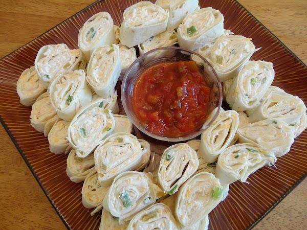 Cheesy Onion Pinwheels Recipe