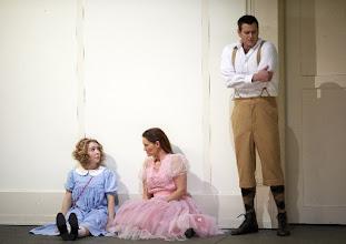Photo: ALCESTE / Wiener Staatsoper/14.6.2016. Maria Nazarova, Juliette Mars, Jason Bridges. Copyright: Wiener Staatsoper/ Michael Pöhn