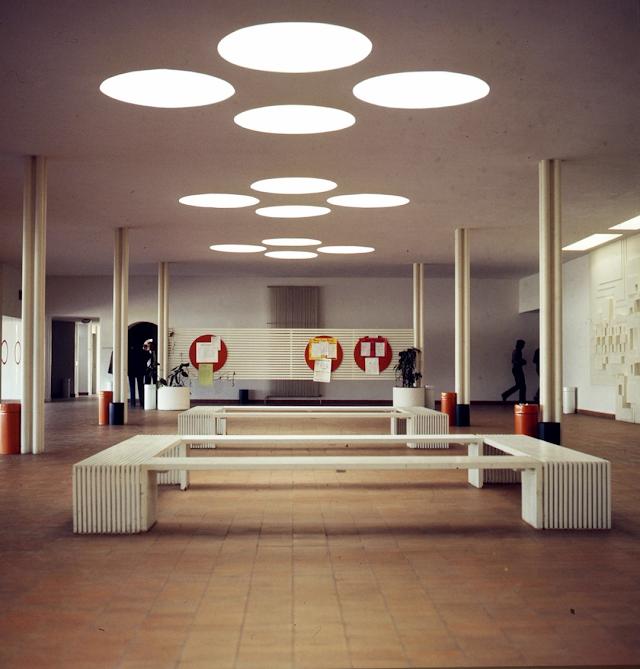 La influencia nórdica es visible en algunos elementos del mobiliario  (Foto: Carlos Pérez Siquier).