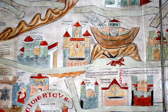 """Photo: Die ARCHE mit Noah auf dem Berge Ararat ('ararath mons') - darunter ist zu lesen: """"Diese Stadt heißt KAPPADOKIEN. Von ihr hat die ganze Region den Namen. Hier werden die Pferde vom Wind trächtig, doch leben die Fohlen nicht länger als drei Jahre. - Pontus ist eine Region mit vielen Völkern; nach ihr ist das Pontische Meer genannt Dorthin sind Ovid und der Hl. Clemens verbannt worden."""""""