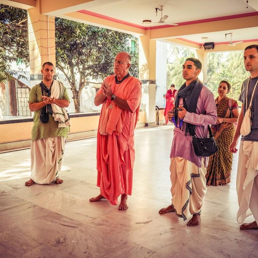 Indradyumna Swami_Kirtan