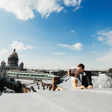 Wedding photographer Dmitriy Romanenko (Kickjump). Photo of 15.10.2016