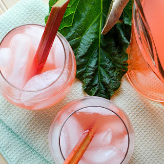 Honey Rhubarb Iced Tea (recipe)