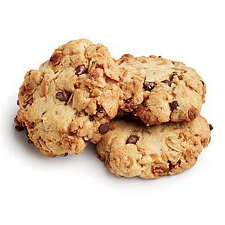 Quinoa-Granola Chocolate Chip Cookies.