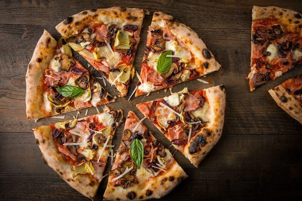 best-pizza-mumbai-gustoso_image