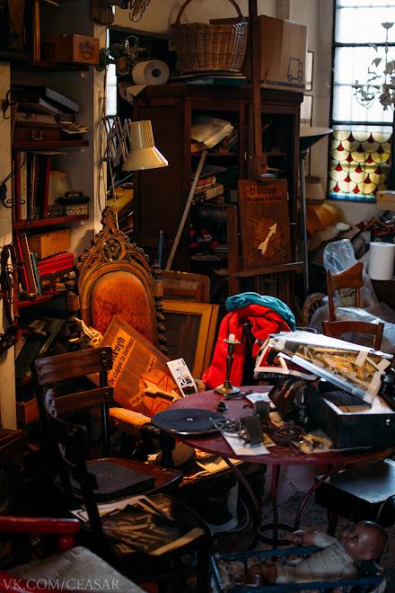 Магазин ностальгии, Милан