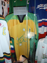 Photo: 18/06/2013 - Toronto, Ottawa - Ice Hockey Hall of Fame - Australian Jersey
