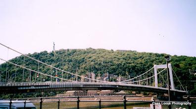 Photo: 14 mei. Boedapest. Brug over de Donau.