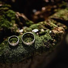 Wedding photographer Sergey Smirnov (ant1sniper). Photo of 17.10.2018
