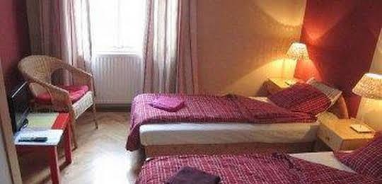 Origo Hostel & Guesthouse